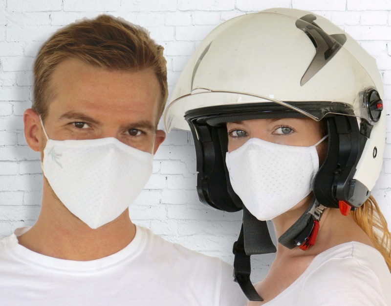 Oye White couple with helmet